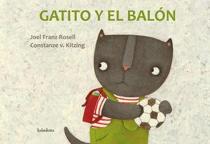 GATITO Y EL BALÓN